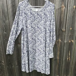 Women's Old Navy Grey Dress with Navy Pattern
